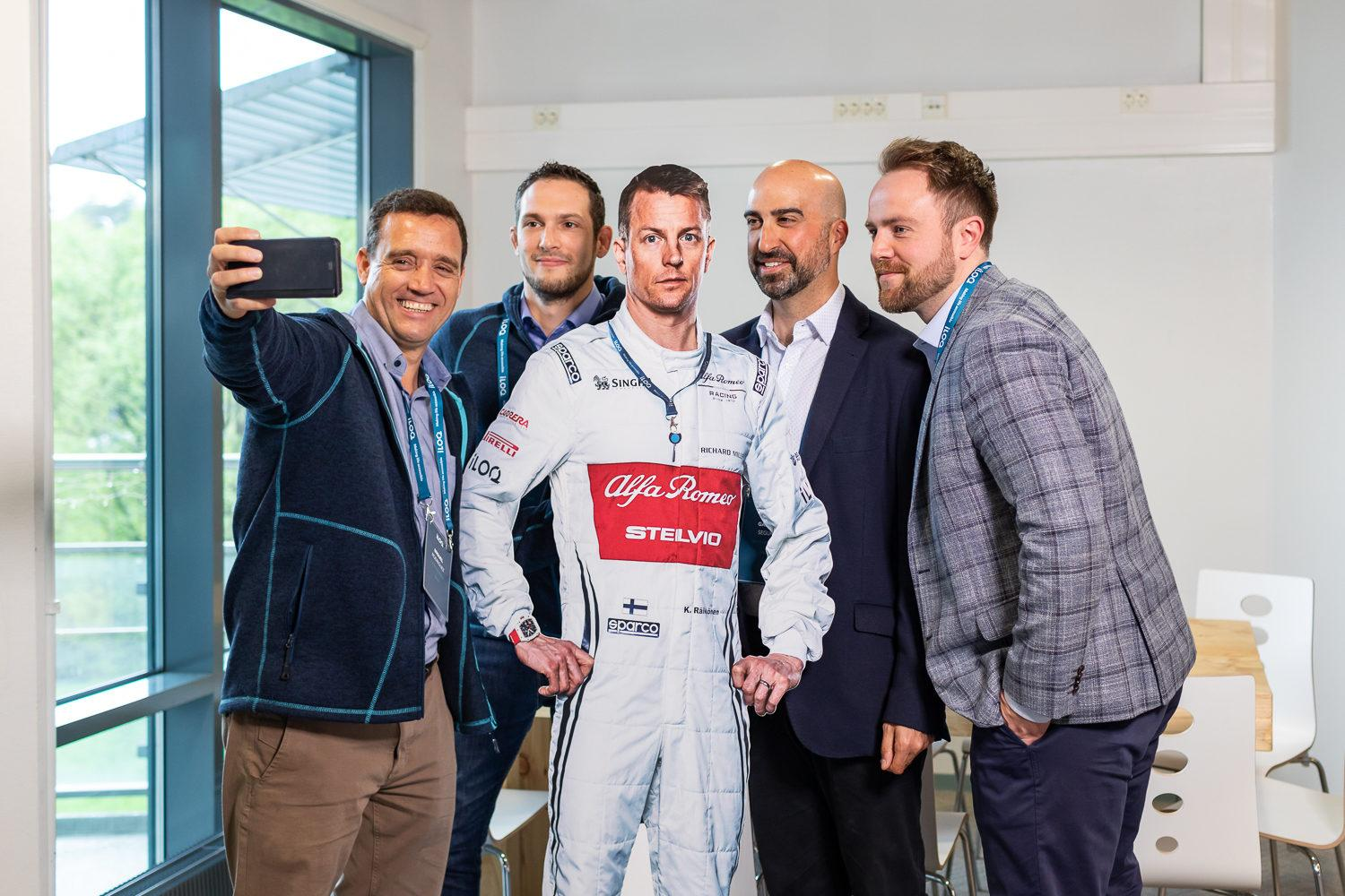 iLOQ employees with Kimi